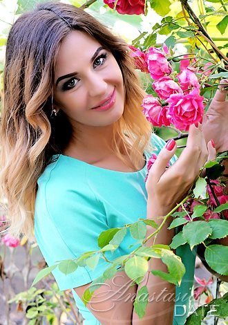 AnastasiaDate Shares its Top 5 Springtime Conversation Icebreakers to Help Members Hit it Off and Get Along Great
