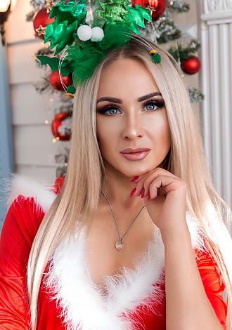 AnastasiaDate Announces Extended Holiday Chat Party from December 21-26 for an Early Christmas Celebration for Members