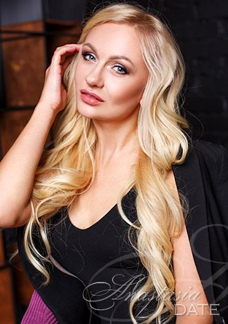 AnastasiaDate Recommends its Top 7 Destinations for a Late Summer Wedding in Europe to Inspire Members to Take the Plunge in 2021